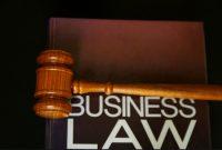 √ Hukum Bisnis : Pengertian, Fungsi, Tujuan, Ruang Lingkup, Sumber dan Latar Belakang Terlengkap